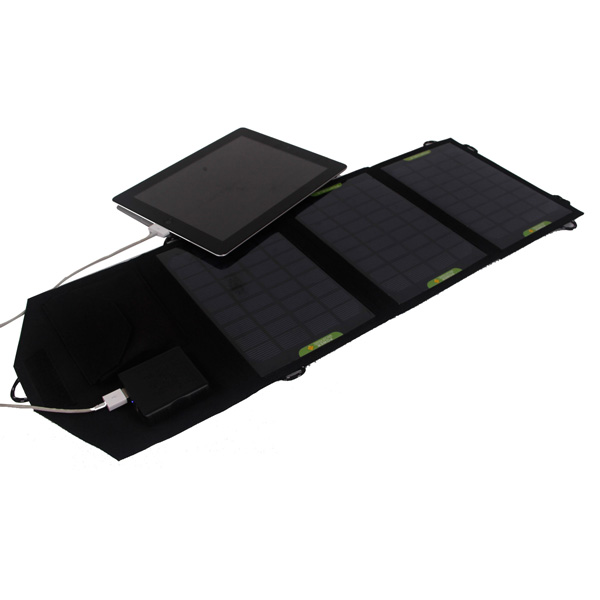 10.5Watt foldable solar bag charger